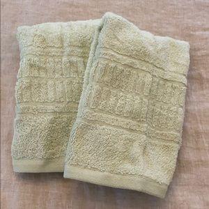 Set of 2 Martha Stewart Collection Hand Towels